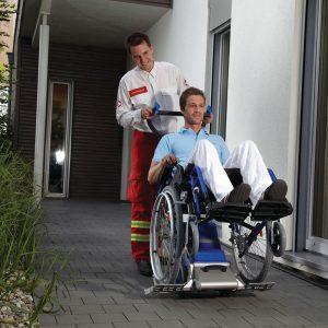 PT uni with wheelchair